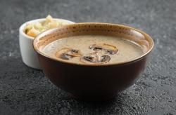 Грибной суп-крем с гренками