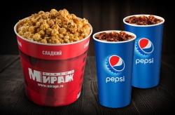 Большой сладкий попкорн + 2 разливных напитка 0,5л.